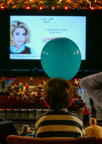 12-OCTOBRE-Film-Enfants-Halle-Tony-Garnier-THESILLAT-2230754